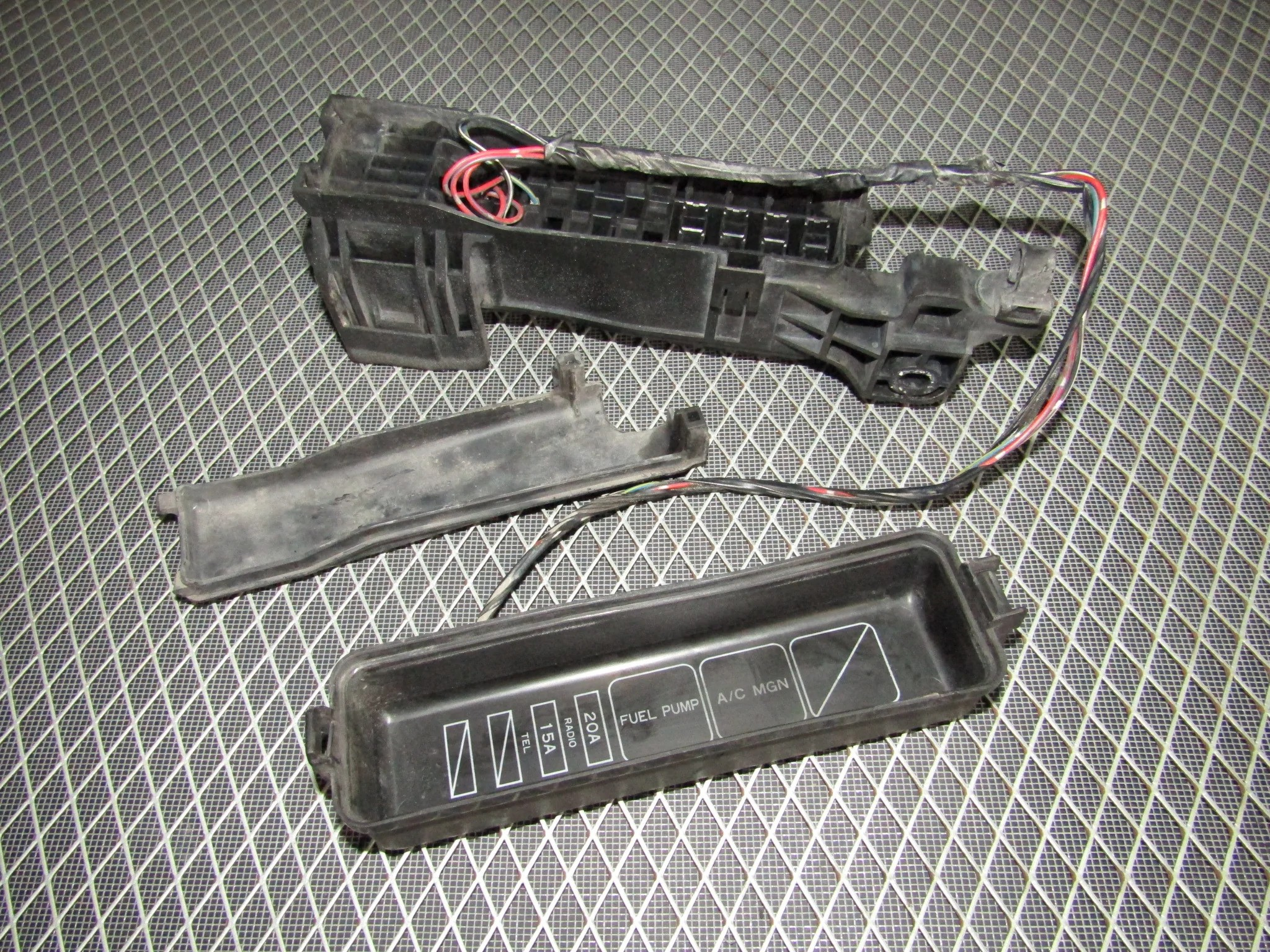 small resolution of  92 93 toyota camry oem engine relay fuse box 3vz fe v6 3 0