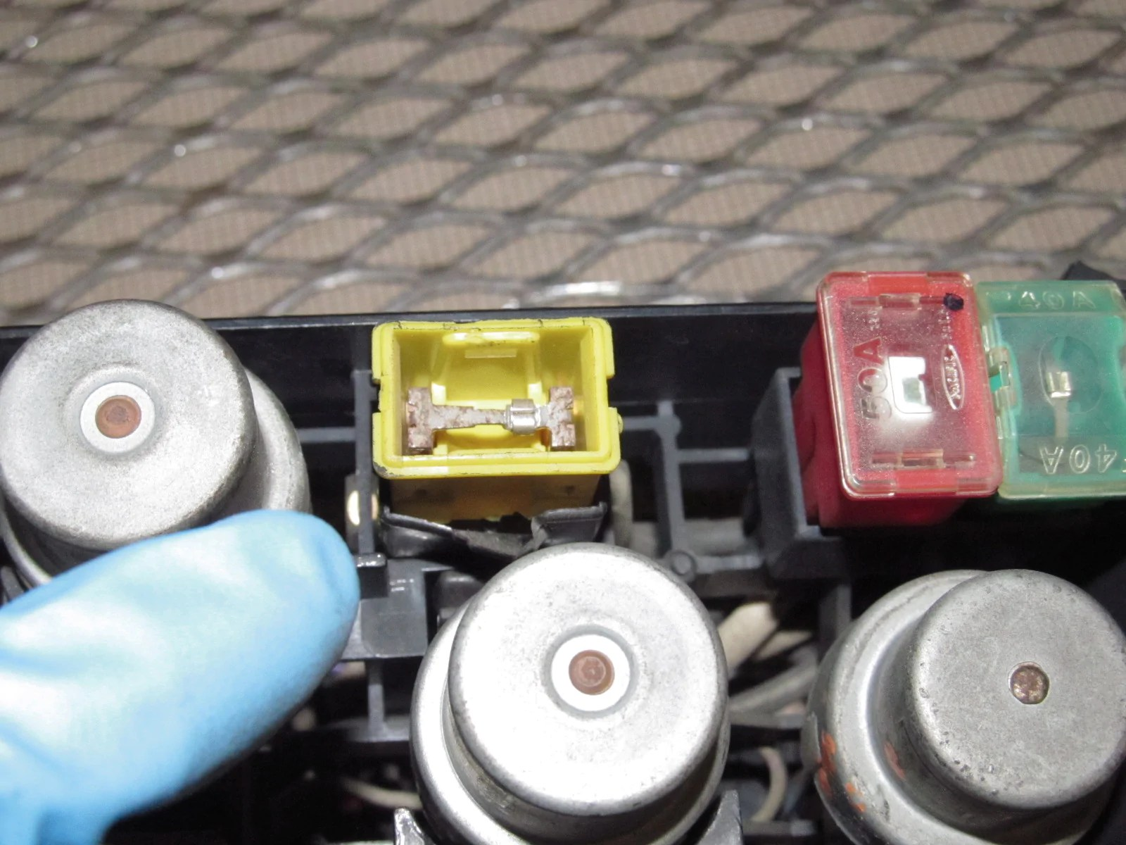 small resolution of  85 86 toyota mr2 oem engine fuse box