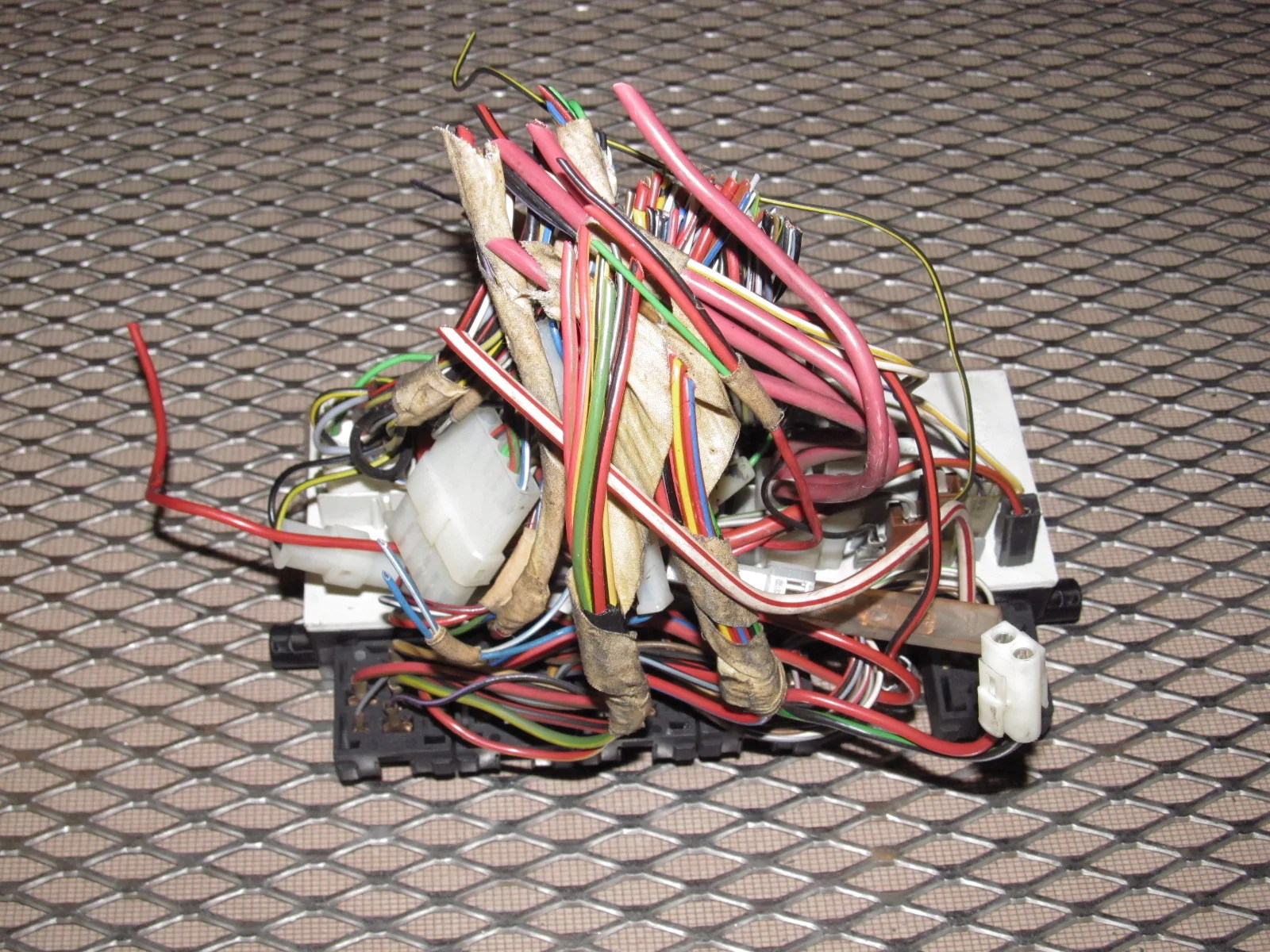small resolution of 85 porsche fuse box wiring diagram85 porsche fuse box wiring diagram schematics83 85 porsche 944 oem