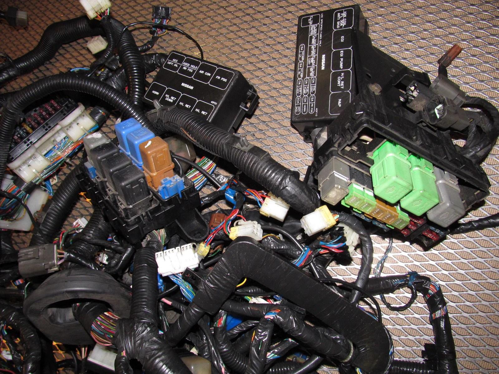 medium resolution of 89 90 nissan 240sx oem fuse box wiring harness autopartone com rh autopartone com 240sx fuel pump fuse 95 98 240sx fuse box interior