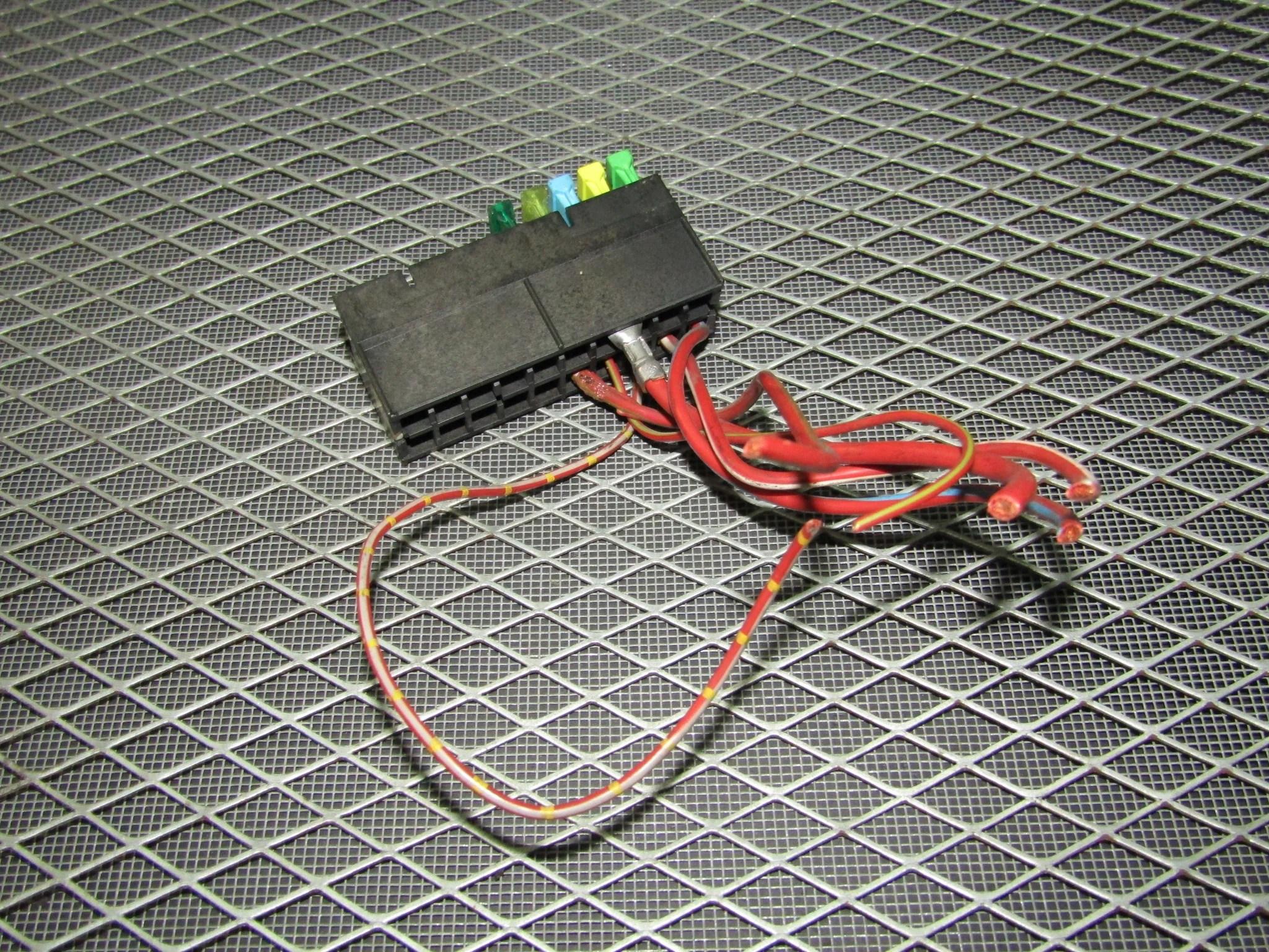 hight resolution of  92 93 94 95 bmw 325 oem engine fuse box