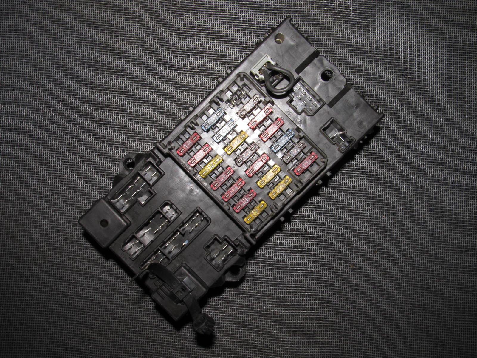 medium resolution of 90 91 92 93 94 95 96 nissan 300zx oem interior fuse box 90 91 92 93 94 95 96 nissan 300zx oem interior fuse box