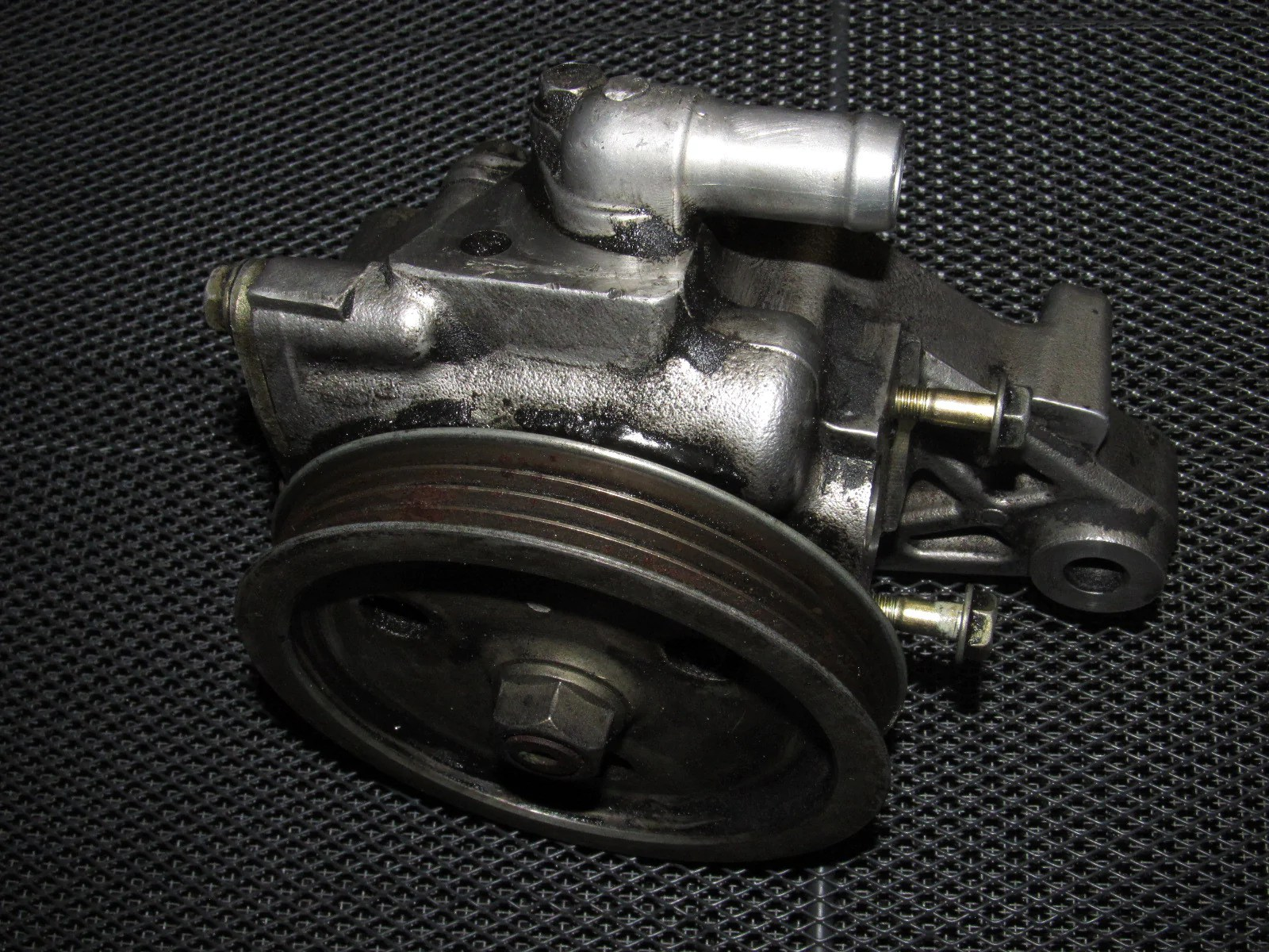 medium resolution of 92 93 94 95 honda civic oem d15b7 power steering pump