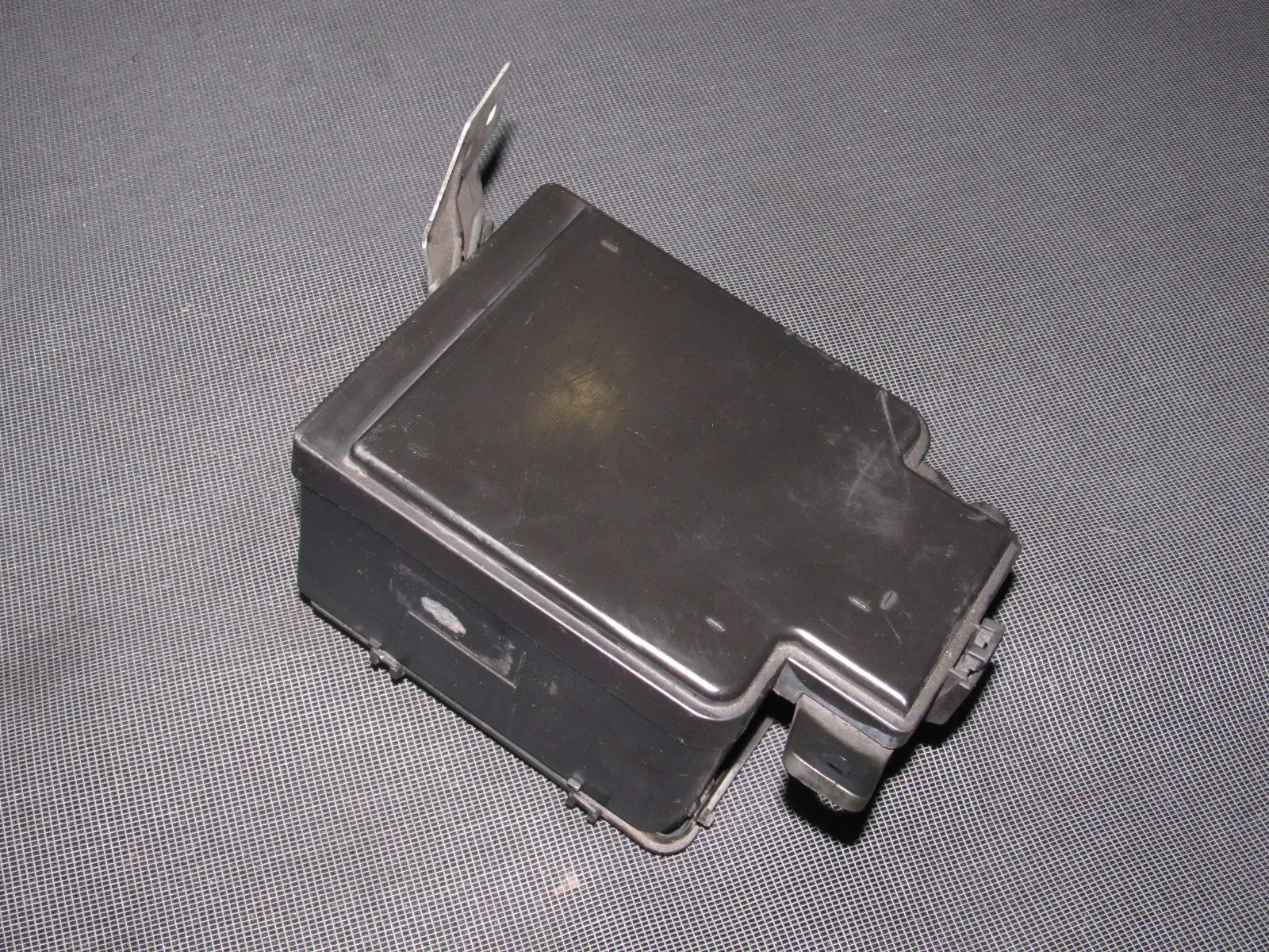 hight resolution of  honda del sol oem b16 engine fuse box with relays product image