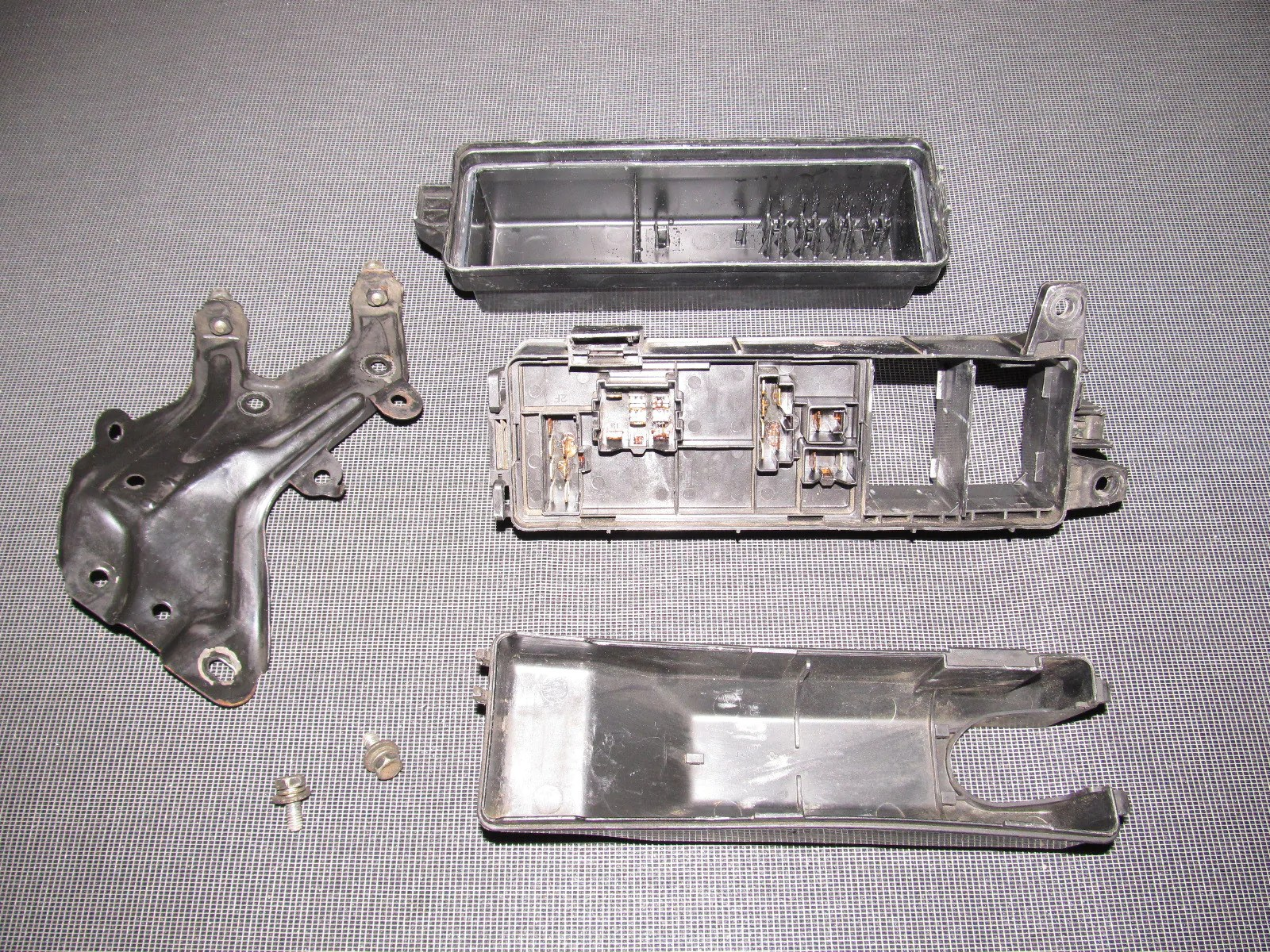 89 90 91 92 toyota supra oem engine fuse box autopartone com 1987 toyota supra fuse [ 1600 x 1200 Pixel ]