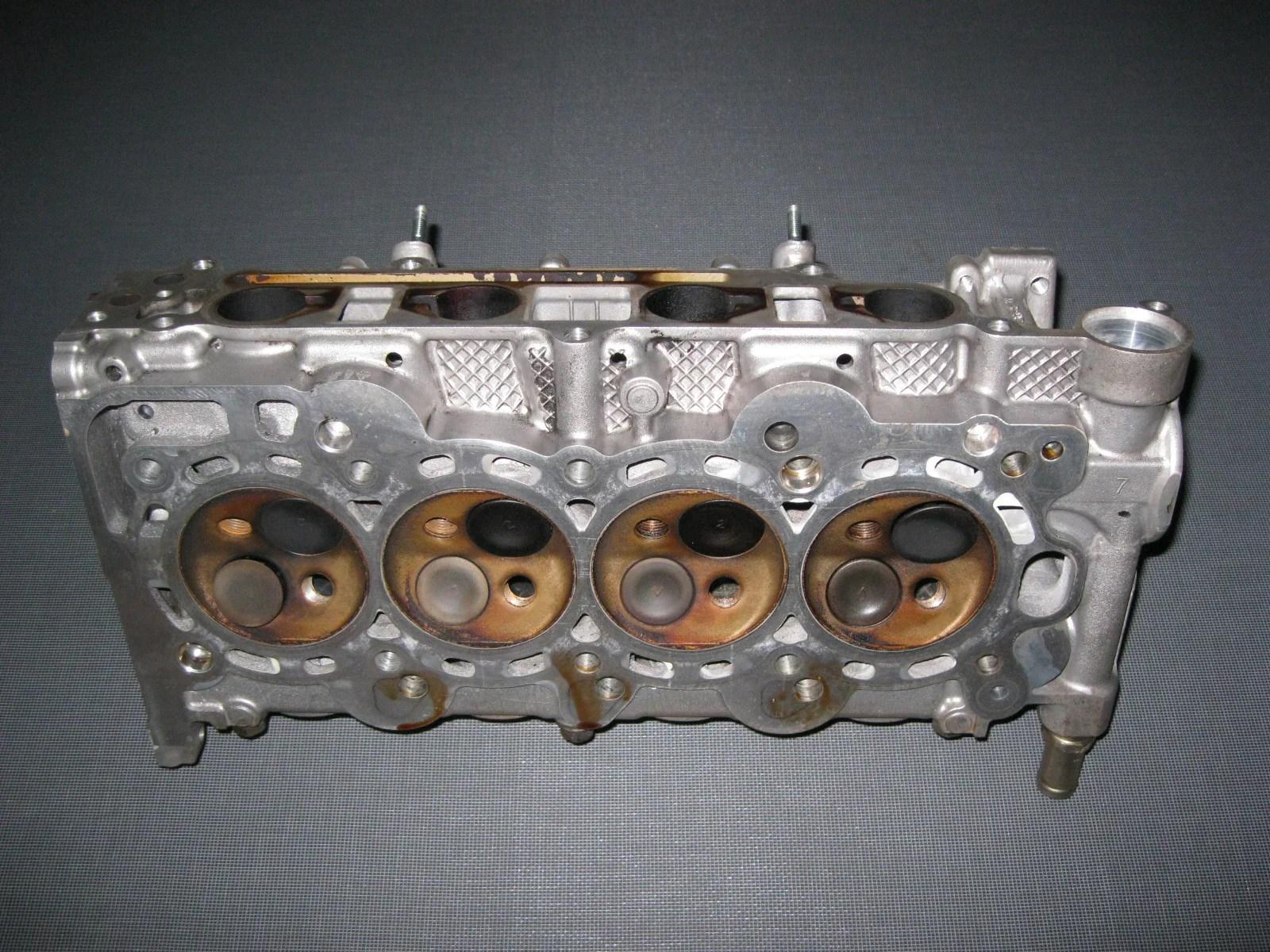 jdm 01 08 honda fit l13a i dsi engine cylinder head  [ 1600 x 1200 Pixel ]