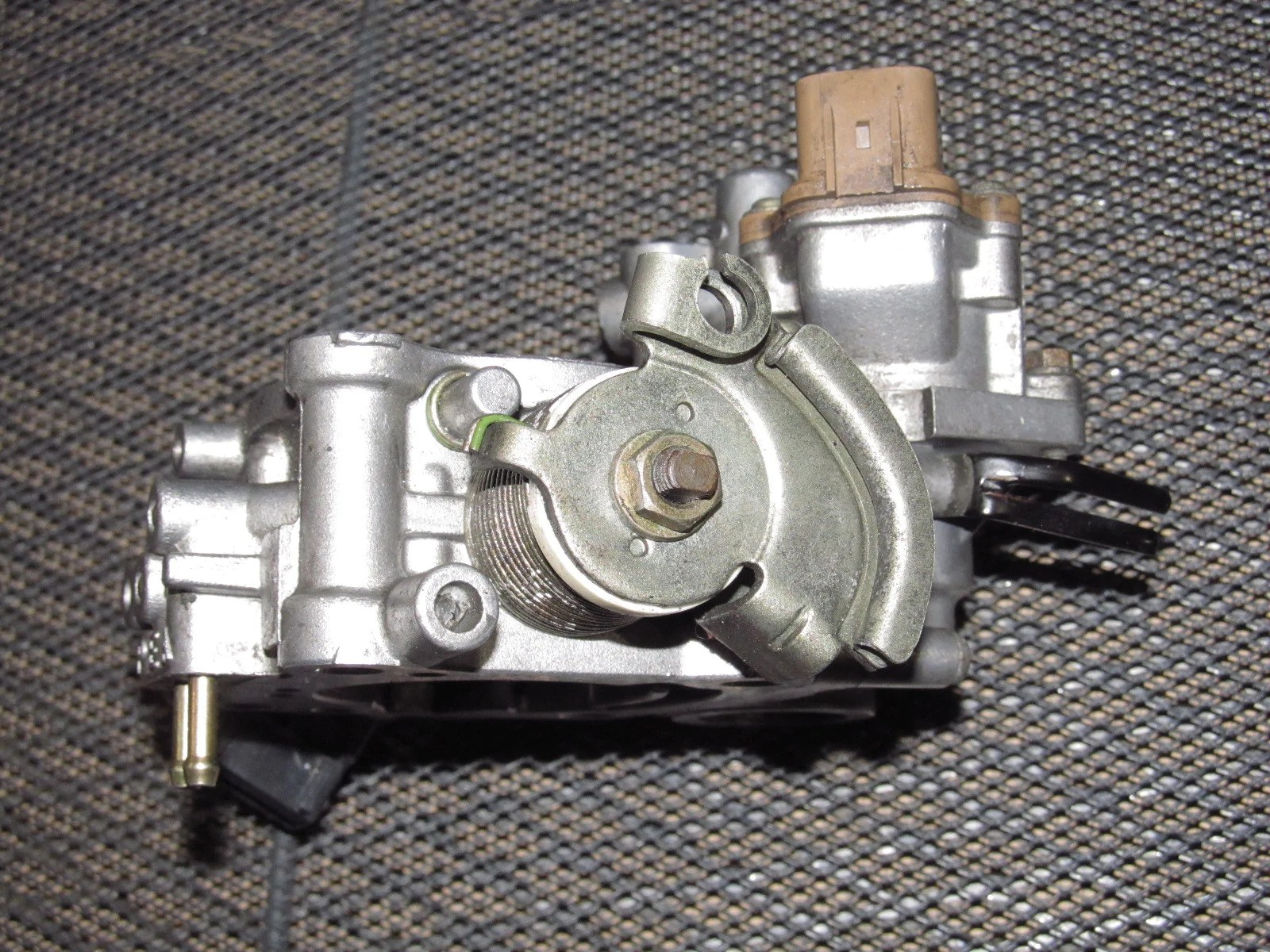 hight resolution of  97 98 99 mitsubishi eclipse oem turbo throttle body assembly