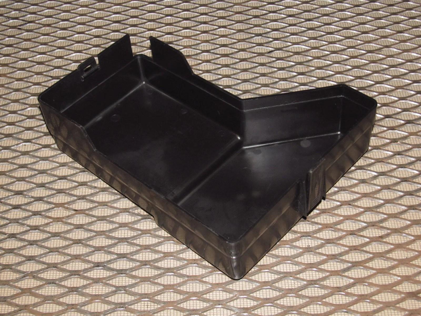 94 95 96 97 mitsubishi 3000gt oem engine fuse box cover [ 1600 x 1200 Pixel ]