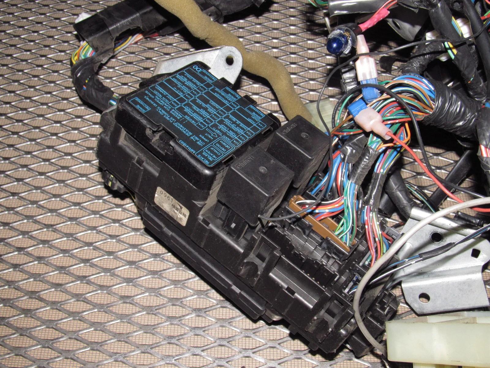 hight resolution of 97 98 99 mitsubishi eclipse oem interior dash trunk wiring harness 97 98 99 mitsubishi