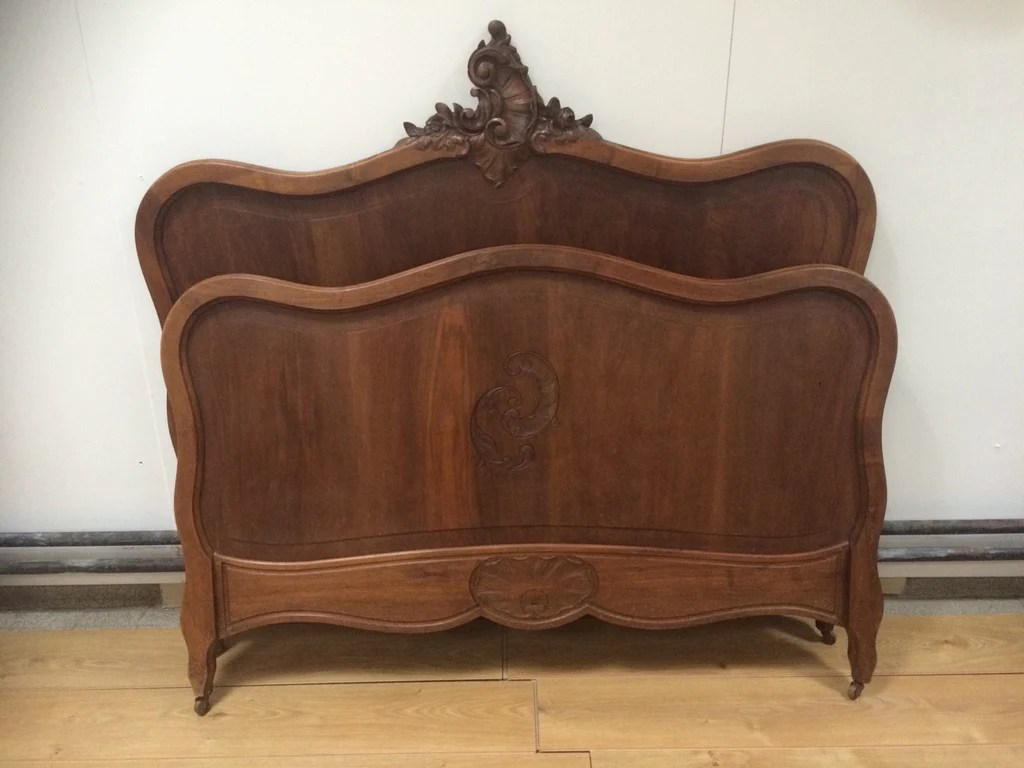wooden kids chairs portable shampoo bowl and chair louis xv style carved bed frame – vintage french