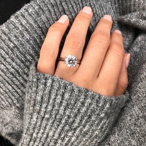 round cut diamonds vs cushion cut