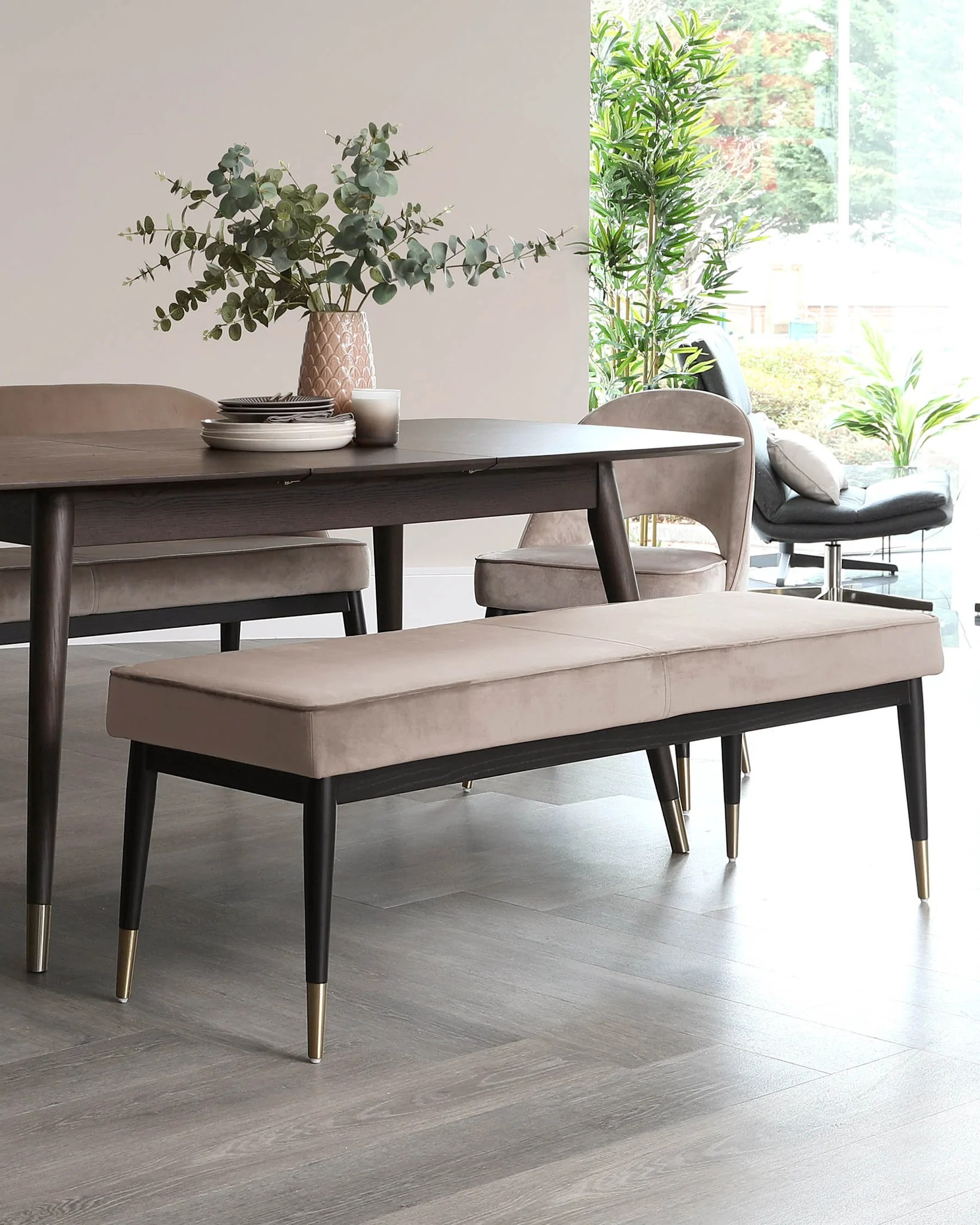 how to choose the perfect dining bench
