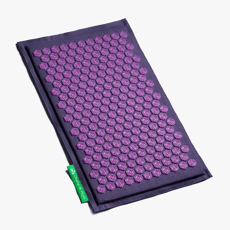 tapis champ de fleurs mauve violet