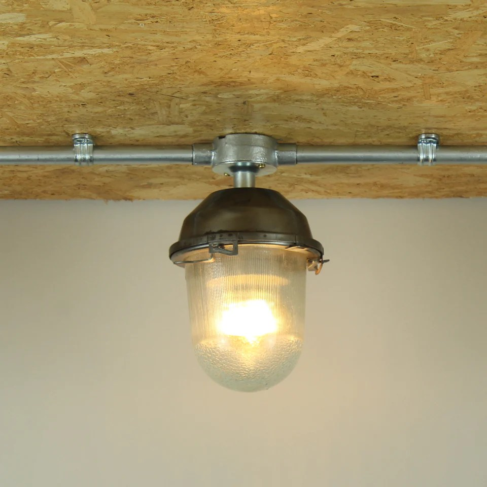Small Industrial Light Fitting With Hook Conduit Mount Tungsten Glow Lighting