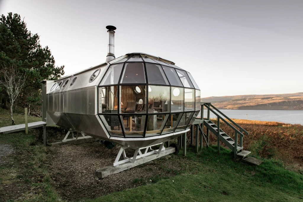 The 7 Best Tiny Houses You Can Rent On Airbnb