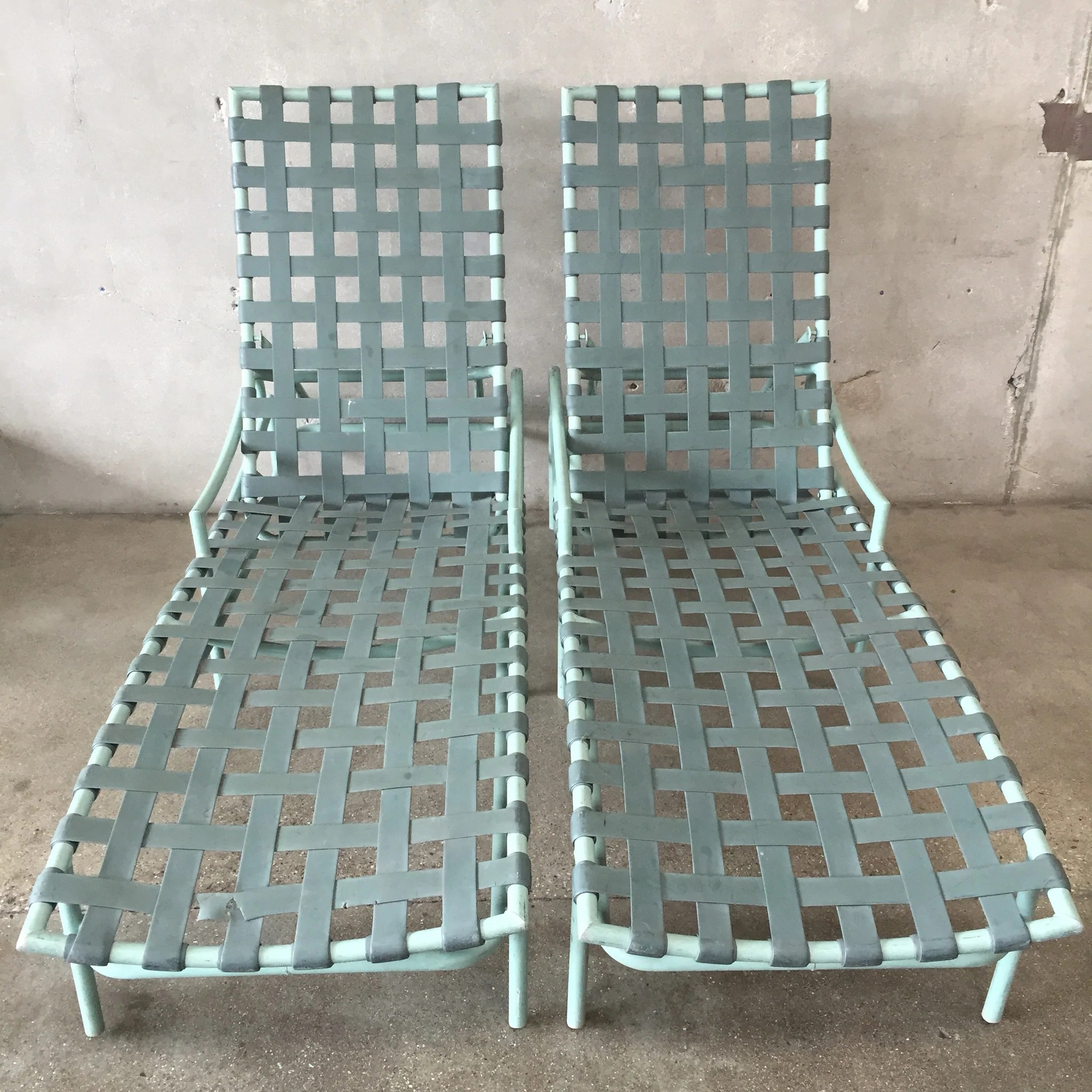 Pair Of Tropitone Patio Chaise Lounge Chairs Urbanamericana