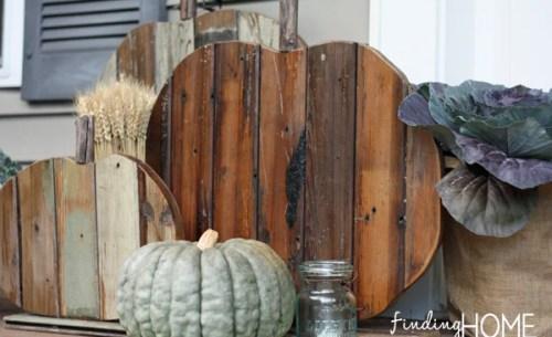 Reclaimed wood pumpkins diy