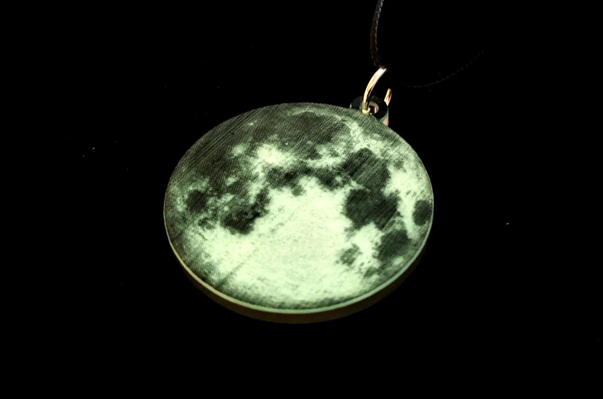 31 oct 2021 sun, oct 31, 2021 add to calendar halloween 2021. Moon's Haunted Necklace Halloween 2021 Collection - Clinkorz