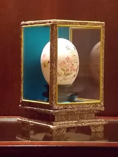Painted Egg in Glass Case  Boxwood Lane  BoxwoodLanecom