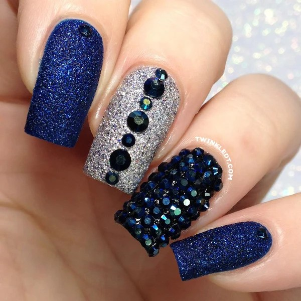blue black rhinestones wheel