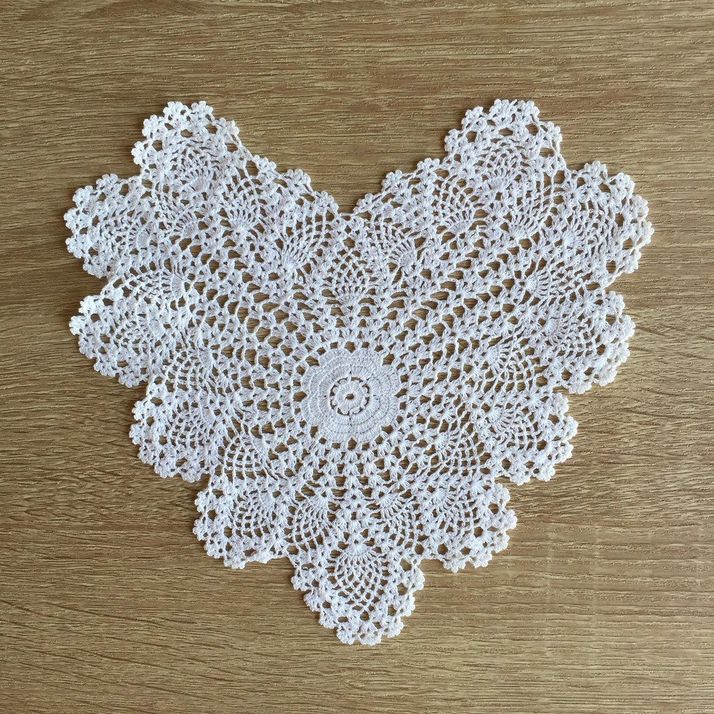 pineapple crochet doily diagram 1989 honda civic wiring heart shaped doilies white 8 quot inch set of 12