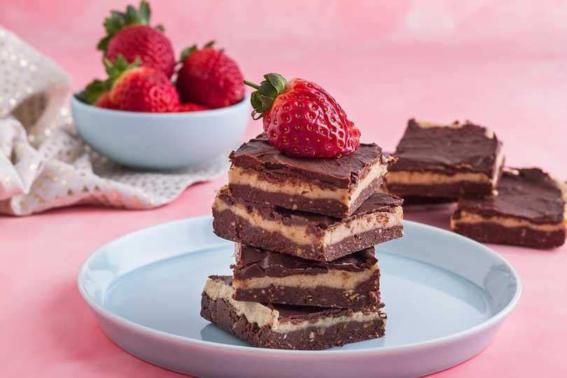 Raw Caramel Brownie Recipe   Sweet Vegan Snack – Kayla Itsines