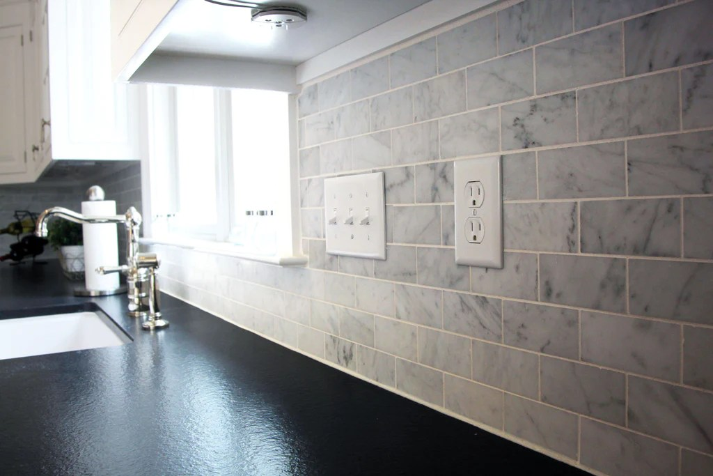 carrara marble subway honed mosaic 302x306