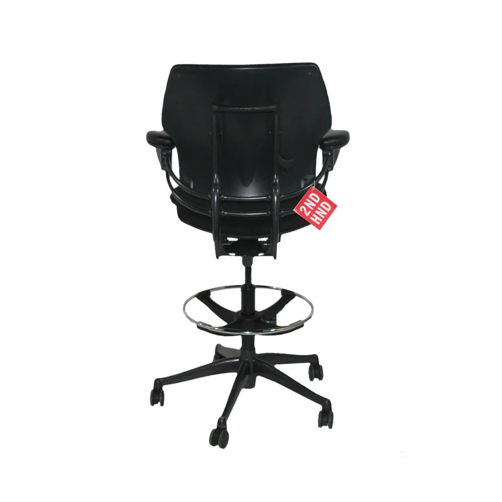 Humanscale Freedom Chair Humanscale Freedom Med Back Draughtsman Chair In Black