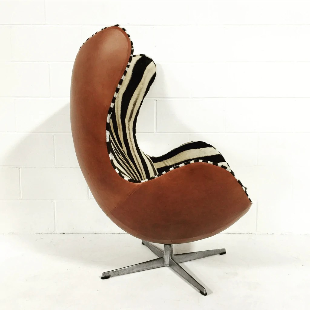 Egg Chairs For Sale Cheap Arne Jacobsen For Fritz Hansen Egg Chairs In Zebra Hide And Leather