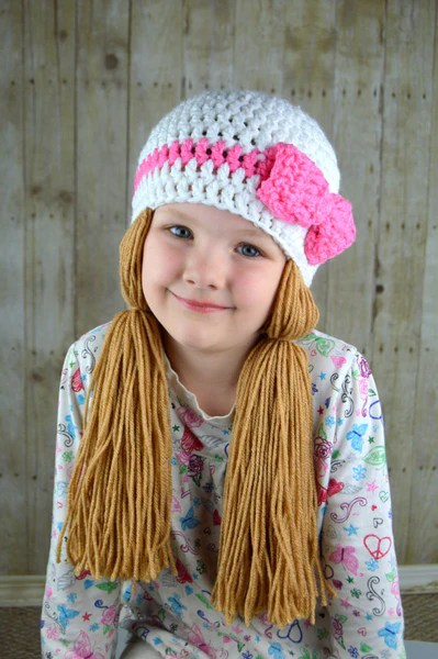 beanie braids - white with medium