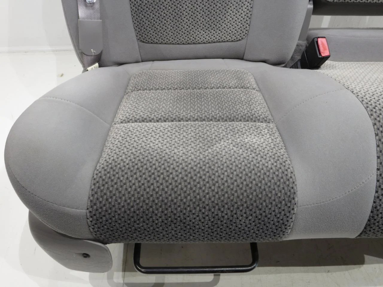 grey table and chairs chair in a half replacement ford f150 f-150 oem 60-40 cloth seats w/ integrated seatbelts 2001 2002 2003 | stock ...