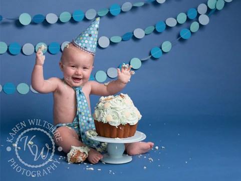 Our Top Ten Do It Yourself Cake Smash Tips Cakesmashprops