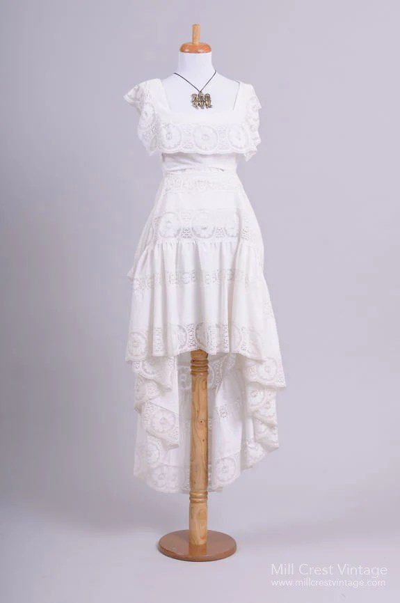 1960 Peasant Style Vintage Wedding Dress