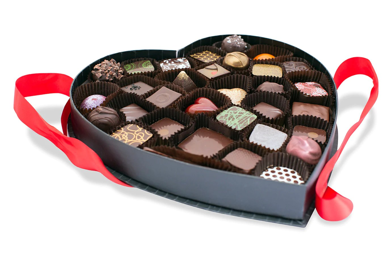 Big Love Heart Chocolate Box 32 Pc Pick Me Up Chocolate