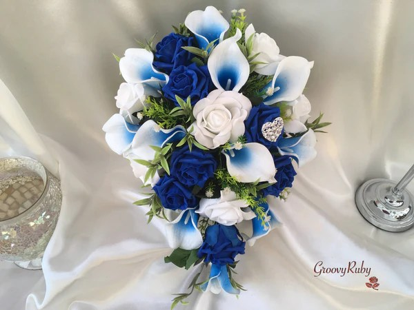 White  Blue Centred Calla Lilies With Roses  Heart Brooch  GroovyRuby Ltd