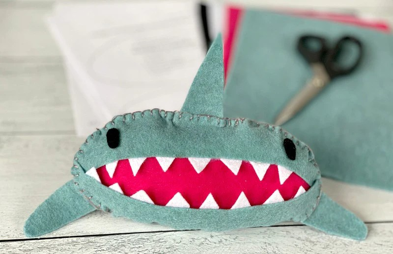 shark tooth fairy pillow for easy sewing