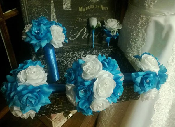 17 Piece Malibu Blue White Rose Bridal Bouquet Wedding