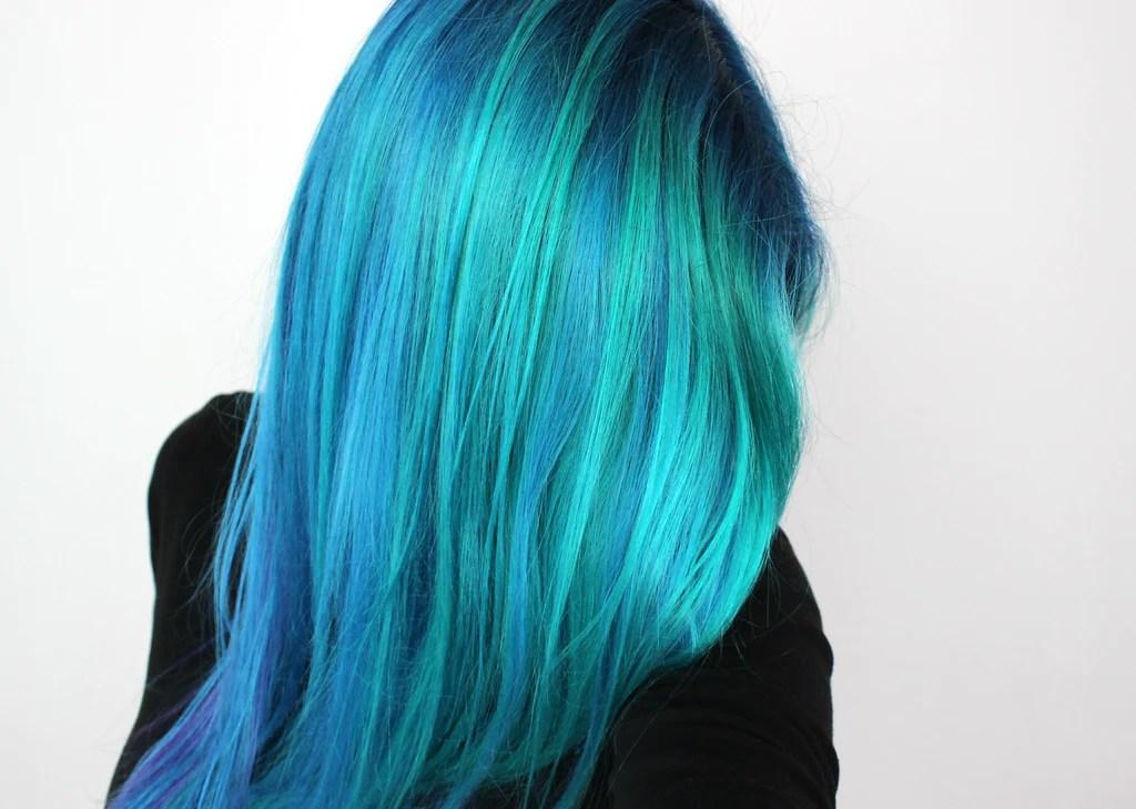 arctic fox hair color