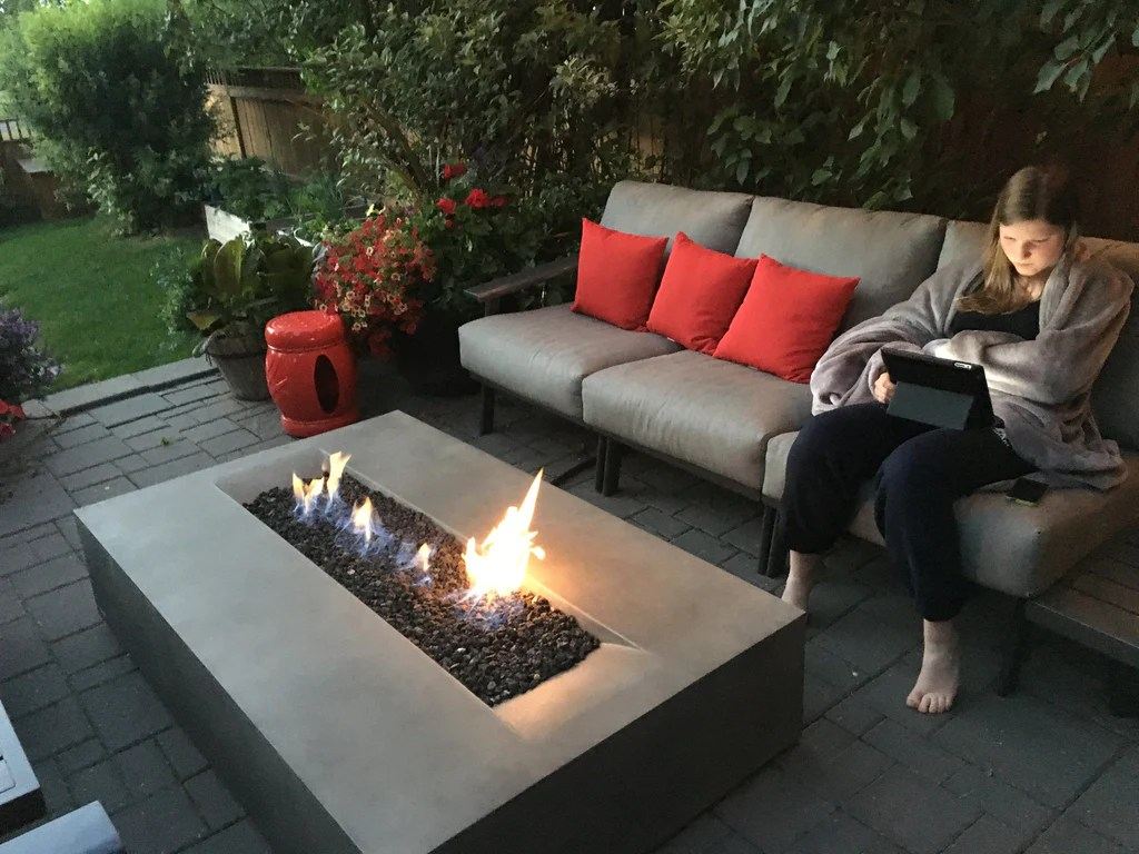 Outdoor Gas Fireplace Table Brown Jordan Flo Fire Table | Barbecues Galore