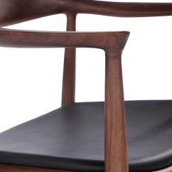 The Chair Picnic Chairs And Tables Supported Many A Famous Person S Behind Ebarza In 1949 Wegner Designed His Iconic Round Which Became Known Simply As Because To It Seemed Nearly Perfect An Elegantly Curved
