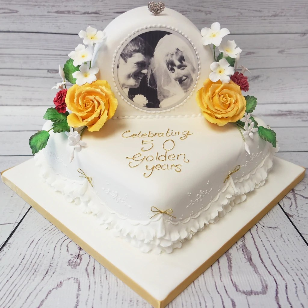 Crafty Cakes Exeter Uk Golden Wedding Anniversary Cake With