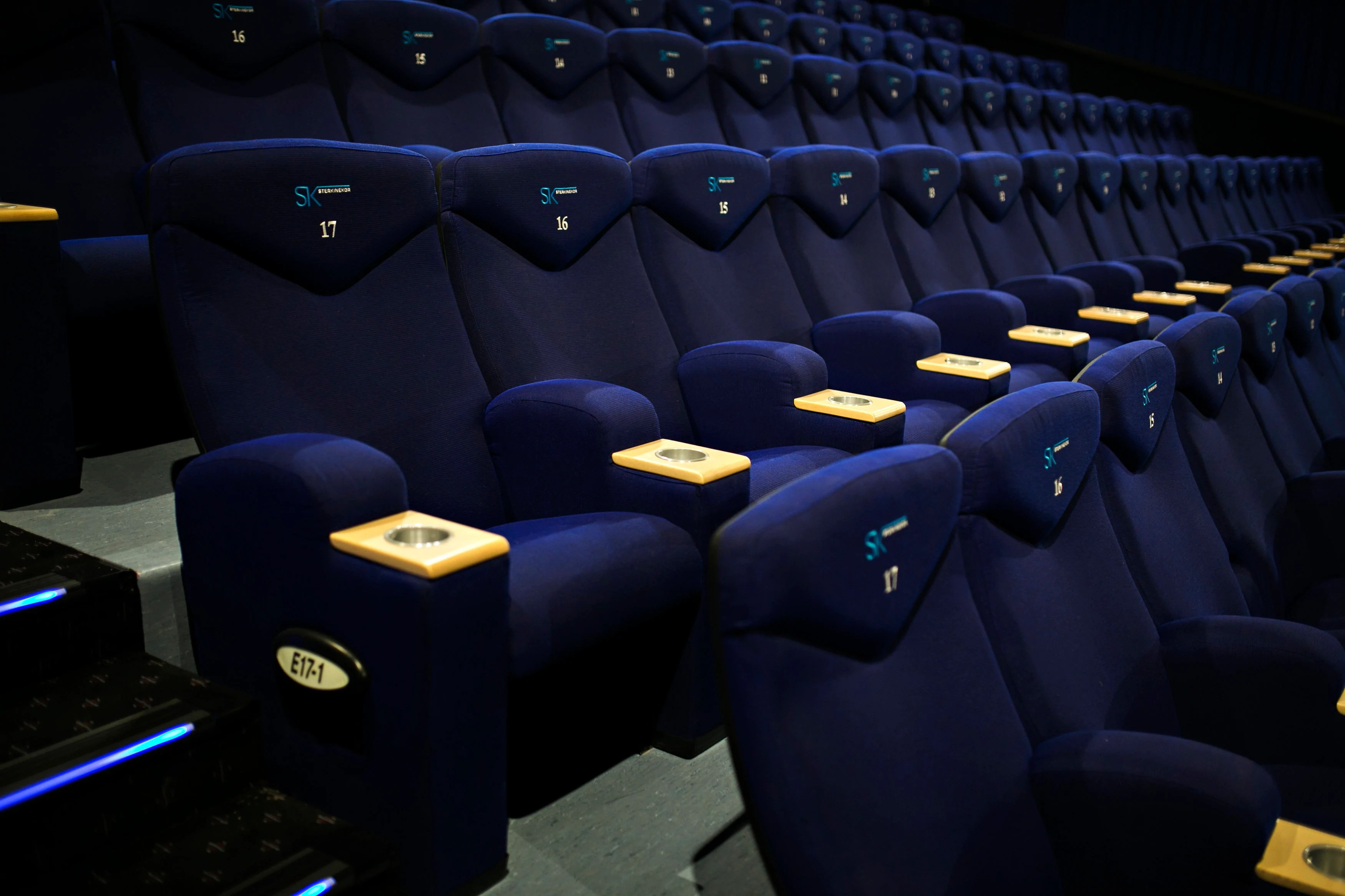 Reclining Chair Movie Theater Ster Kinekor Offers Luxurious Cinema Experience With Their Cine
