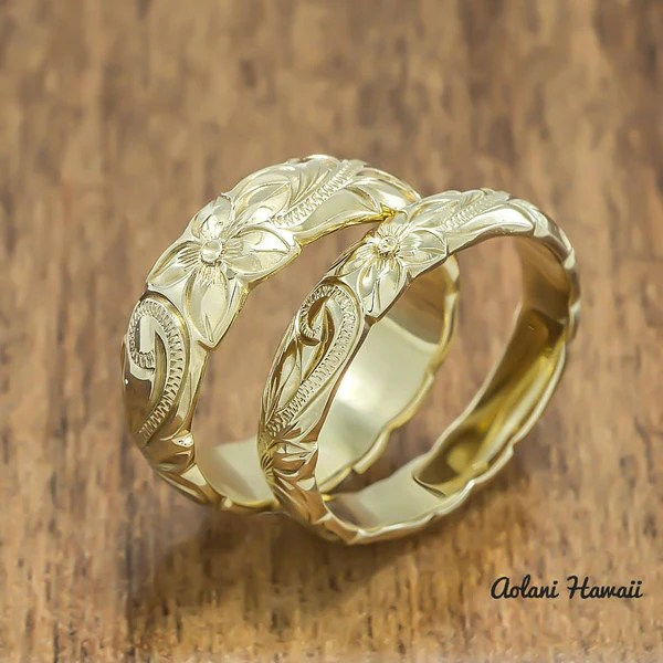 Gold Wedding Ring Set Of Traditional Hawaiian Hand
