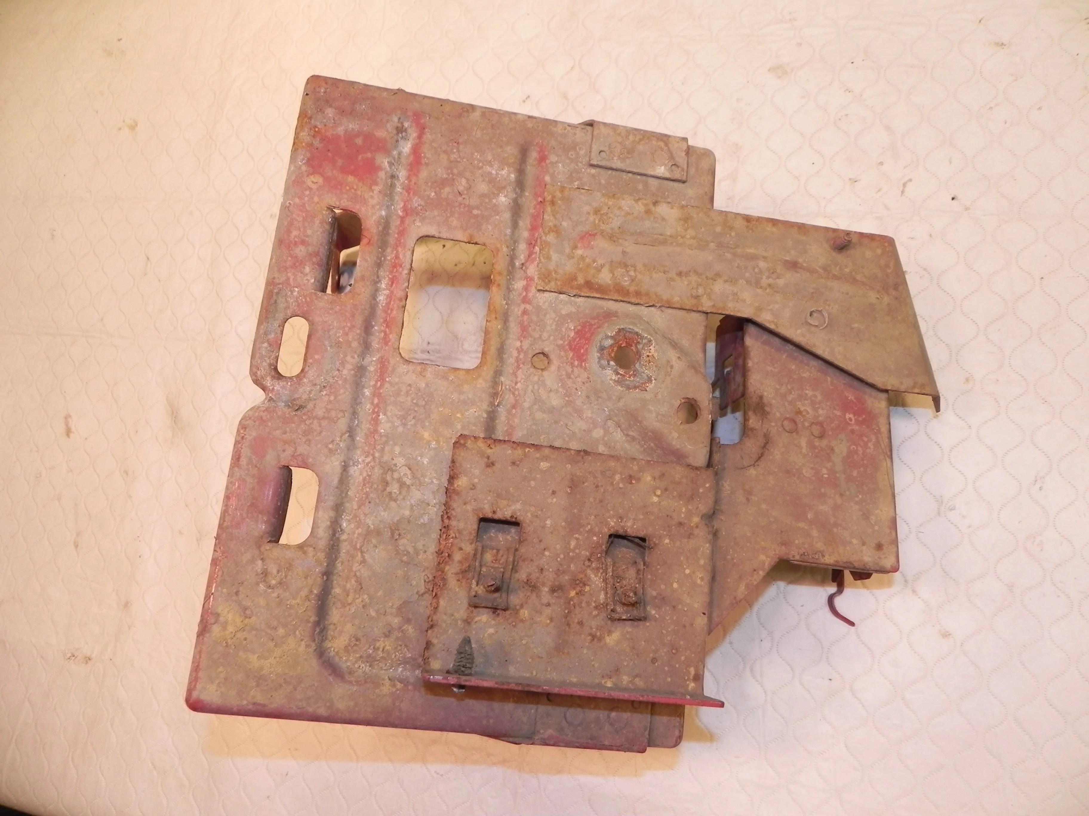medium resolution of jeep wrangler yj battery tray mount bracket 91 95 fuse box mount red jeep yj soft