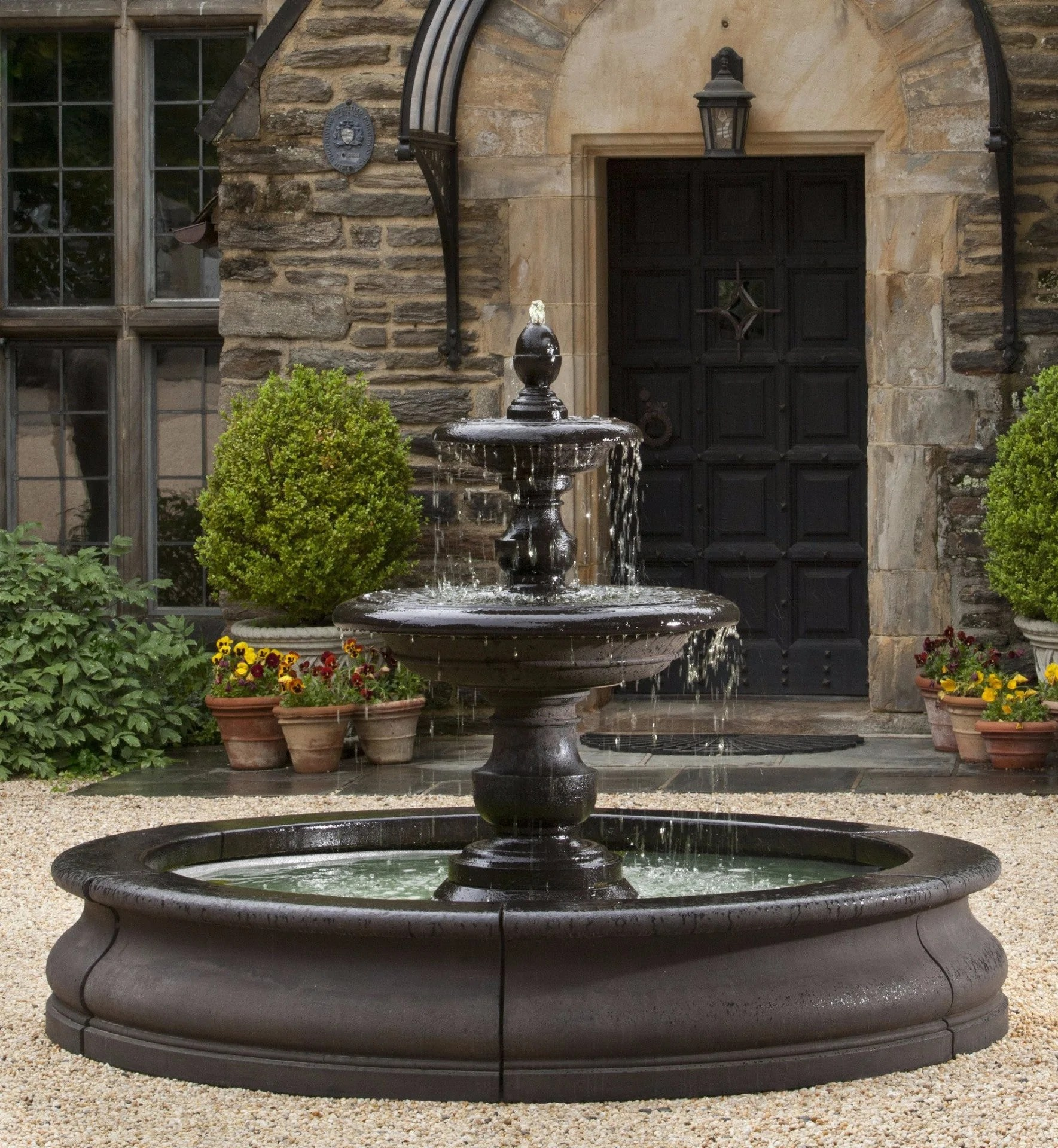 Caterina Outdoor Water Fountain In Basin Campania