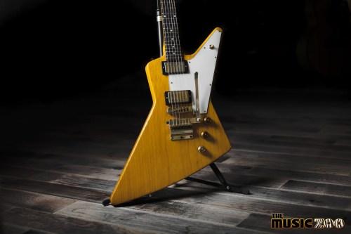 small resolution of guitar showcase gibson custom shop allen collins explorer
