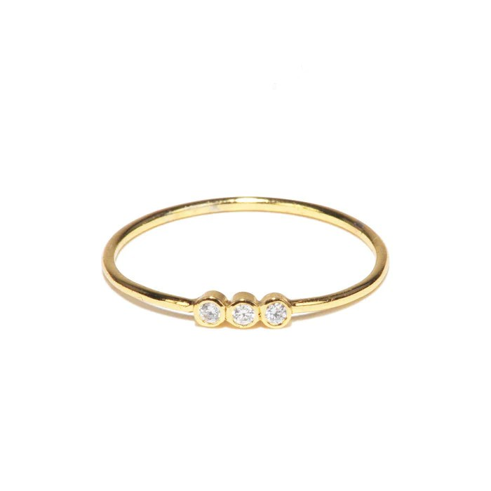 gold simple ring with