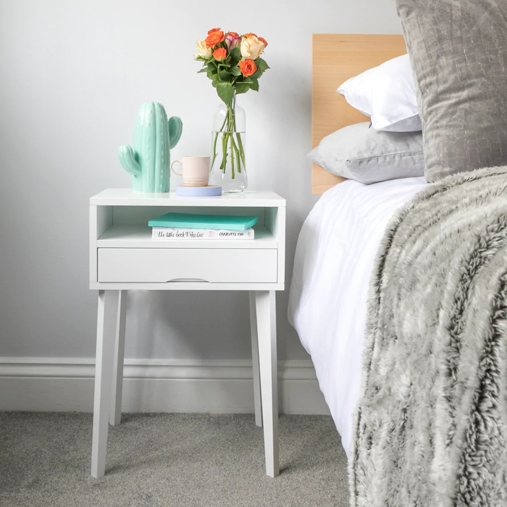 How To Style Your Small Bedside Table Urbansize