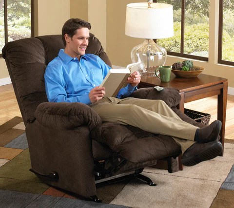 electric reclining chair plastic table and set is your recliner too small | choosing the right size - lift massage chairs