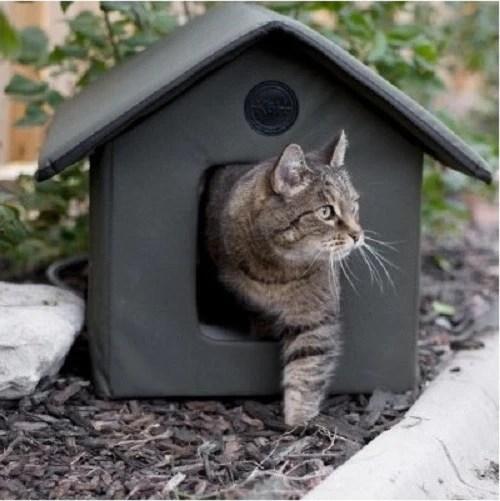 Outdoor Heated Cat Shelter Water Resistant  ShopMonkeez